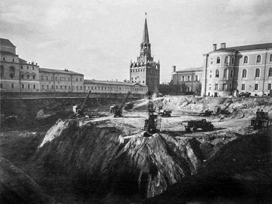 The construction of the Palace of Congresses.