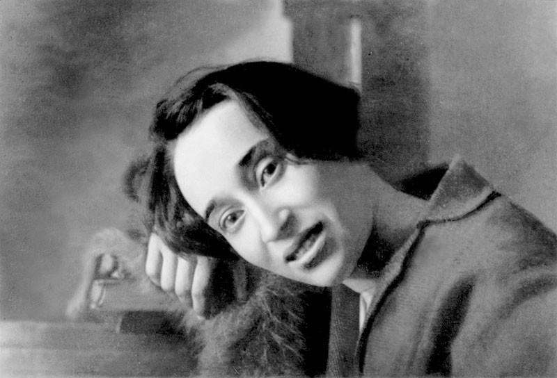 Nadezhda Mandelshtam, 1923
