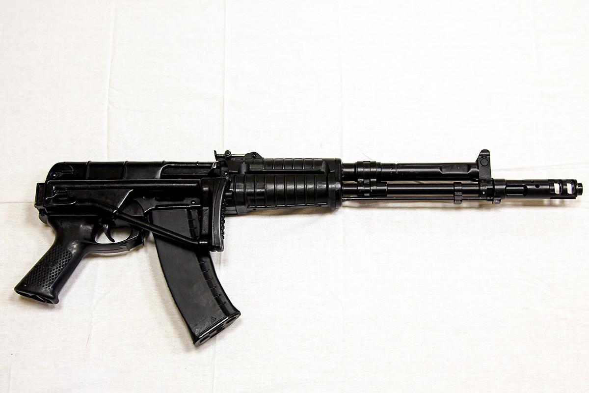 Автоматска пушка АЕК-971 6П67 со калибар 5,45х39 мм.