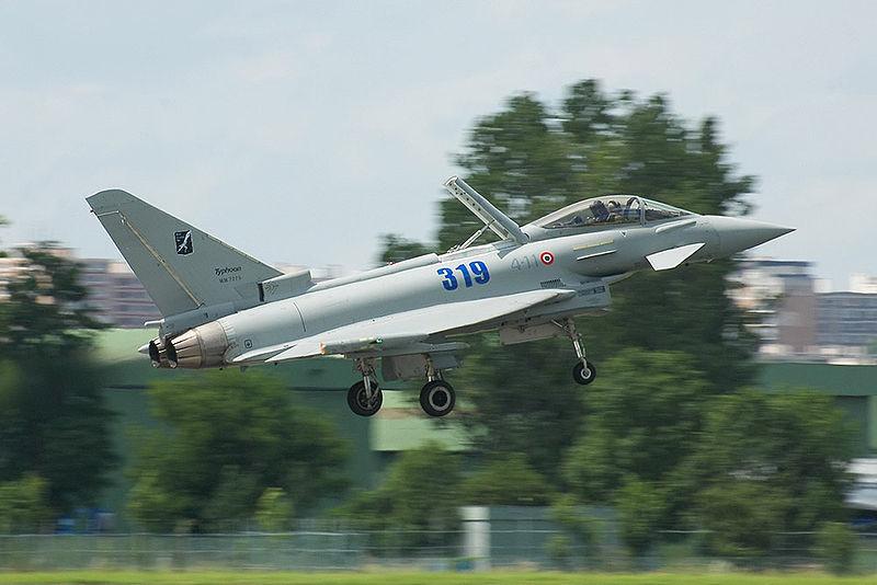 Eurofighter italiano. Roma envió estos cazas a patrullar los cielos islandeses como contribución a la Policía Aérea Islandesa.