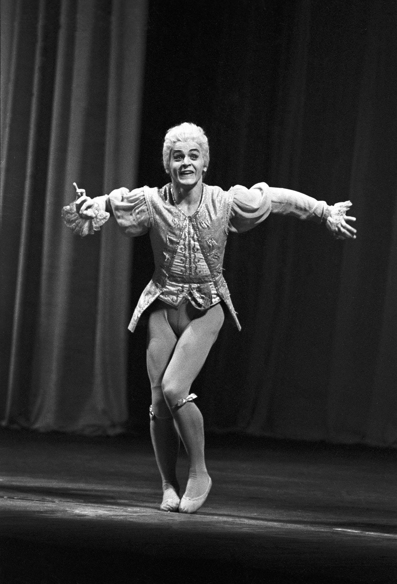 Mihail Barišnikov v Jakobsonovem baletu