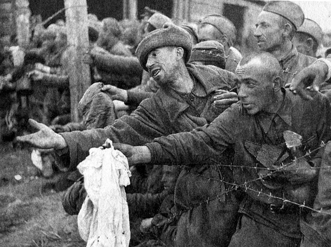 Советские военнопленные, 1941 год.