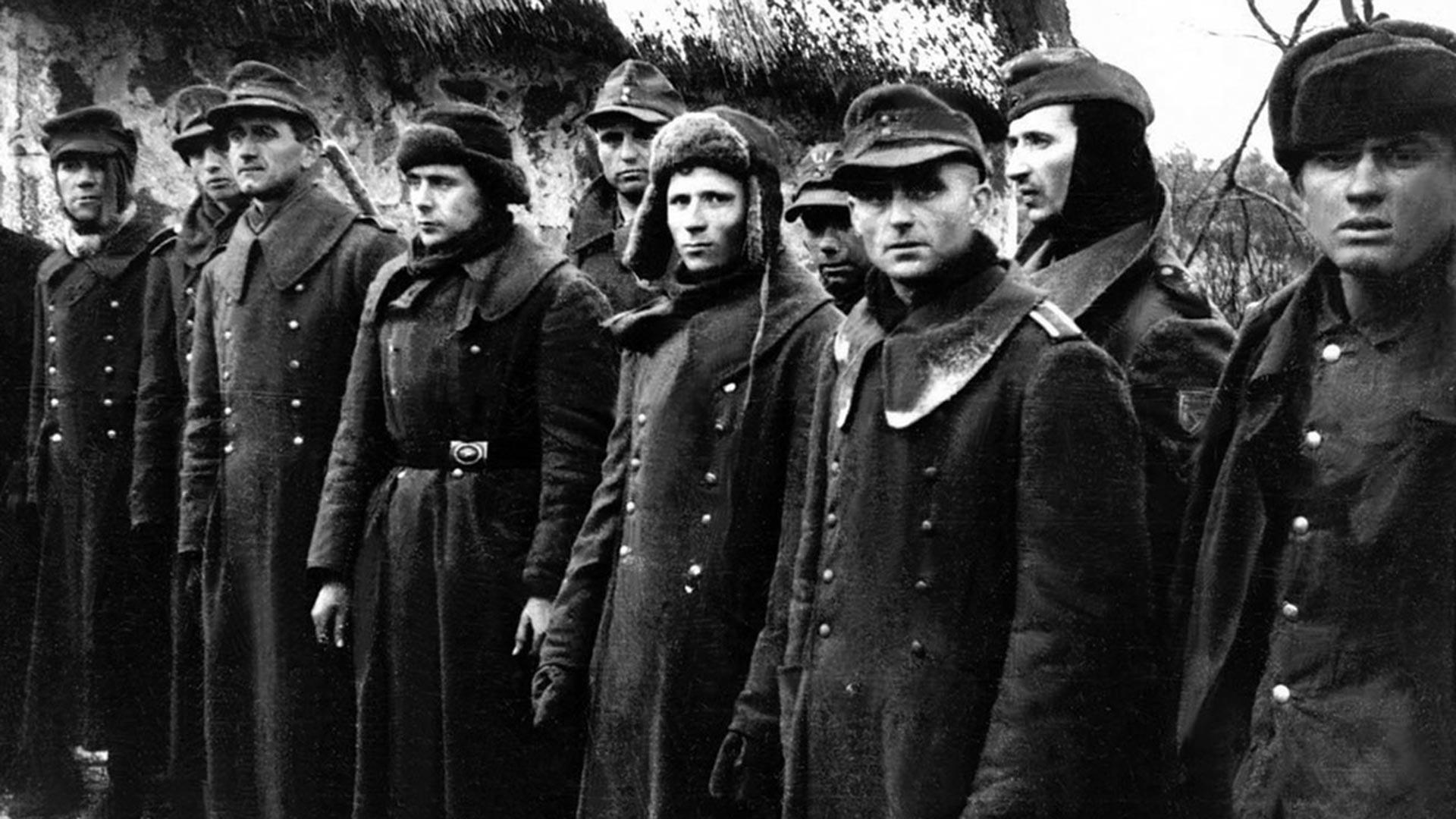 Немачки војници које су заробили Црвеноармејци.
