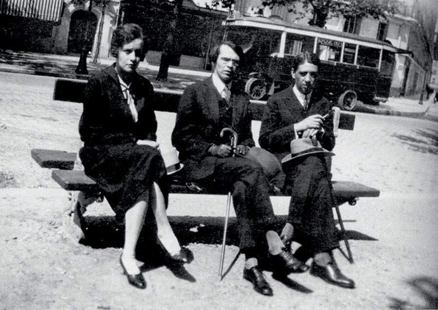 Nina Berberova, Vladislav Khodasevich and poet and translator Yuri Terapiano in Paris.