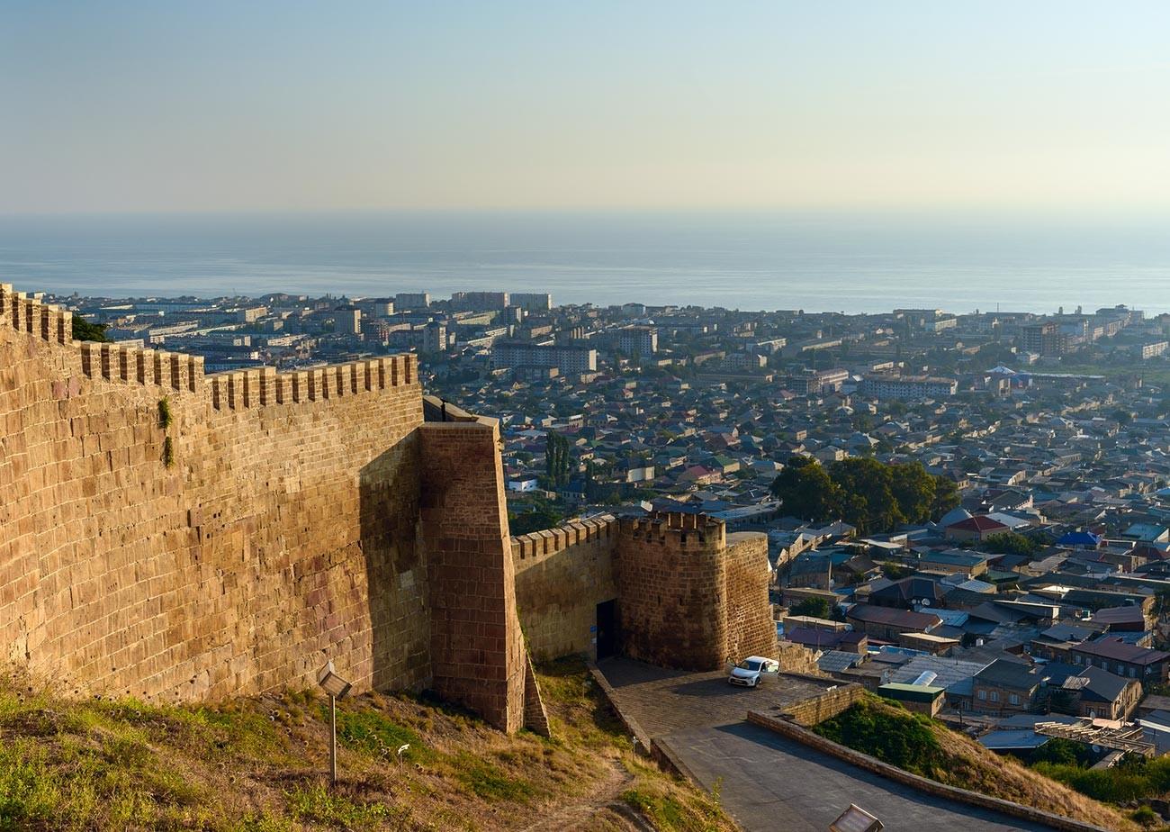 La antigua fortaleza de Derbent.