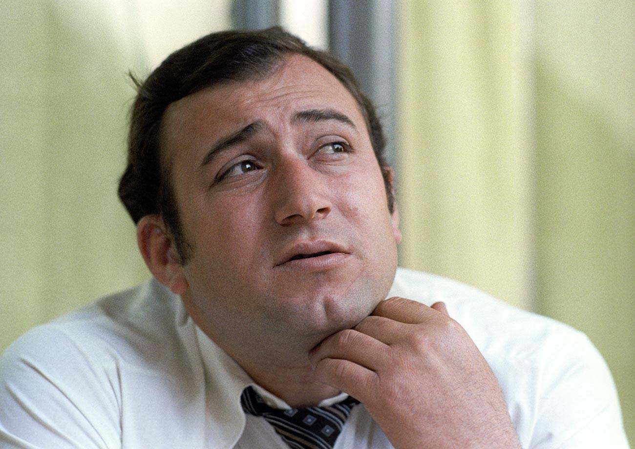 Šavarš Vladimirovič Karapetjan, trinaesterostruki prvak Europe i sedmerostruki prvak SSSR-a u podvodnom plivanju.