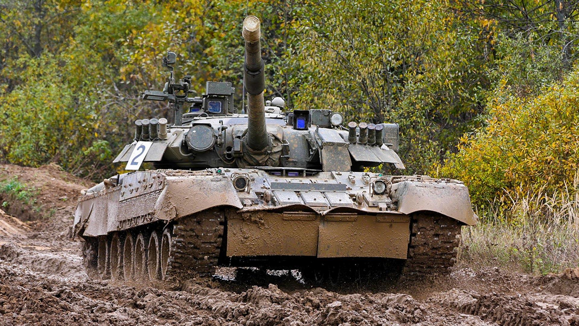 Ruski T-80U 4. tenkovske brigade