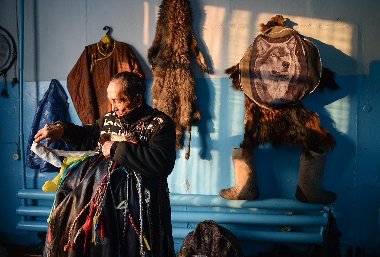 Seorang syaman di Kyzyl.