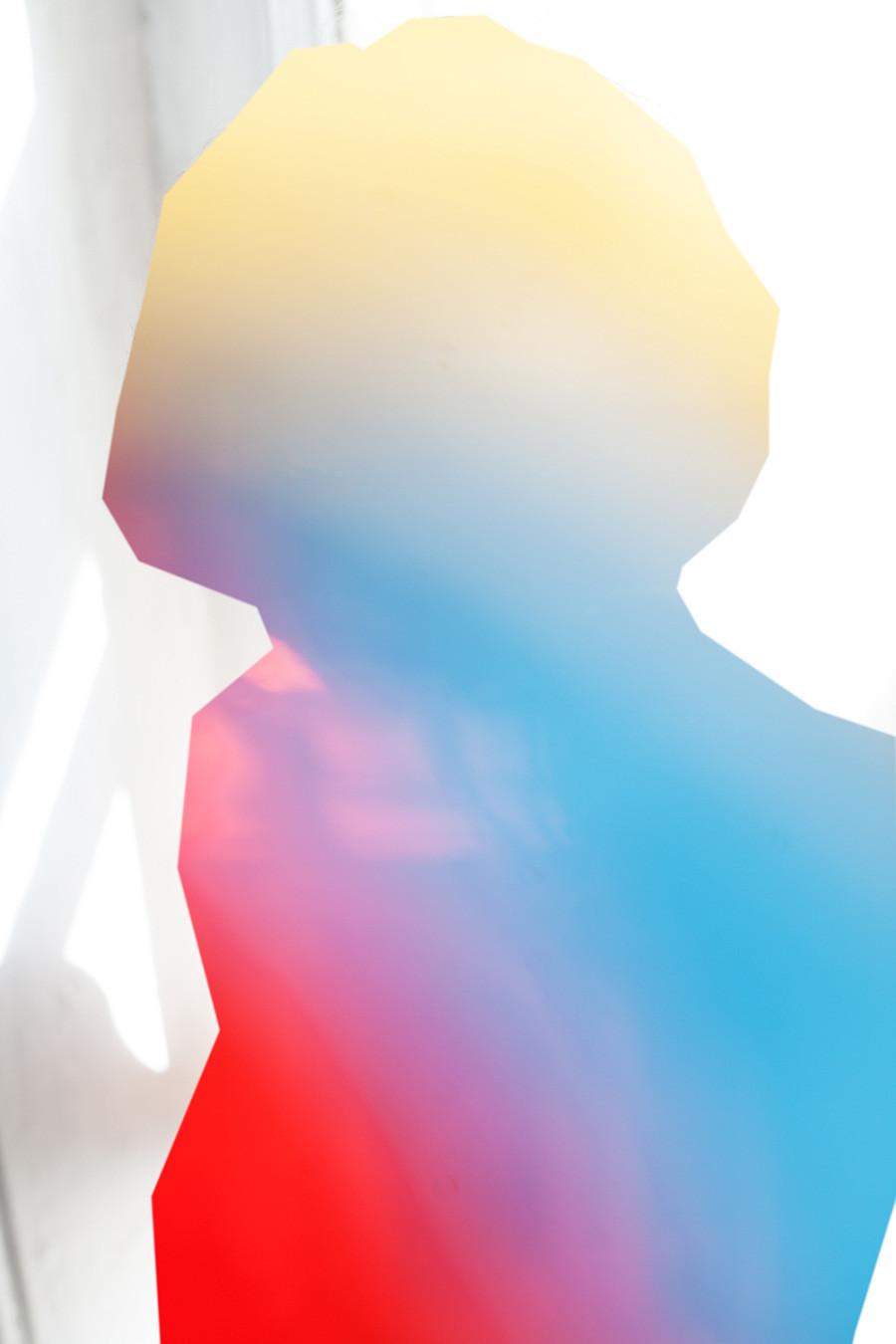 """Nikita Pirogov. Lesha in cremisi, oro e blu-cielo, dalla serie """"Io e te"""", 2015"""