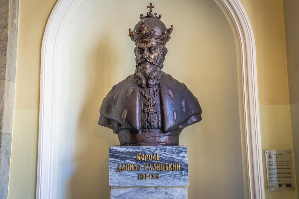 Il busto del principe Danilo di Galizia esposto a Leopoli (Lviv), in Ucraina