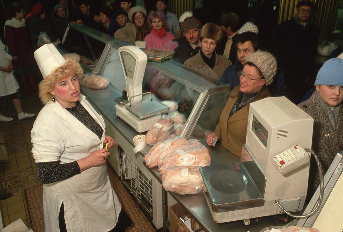 Un marché alimentaire à Moscou