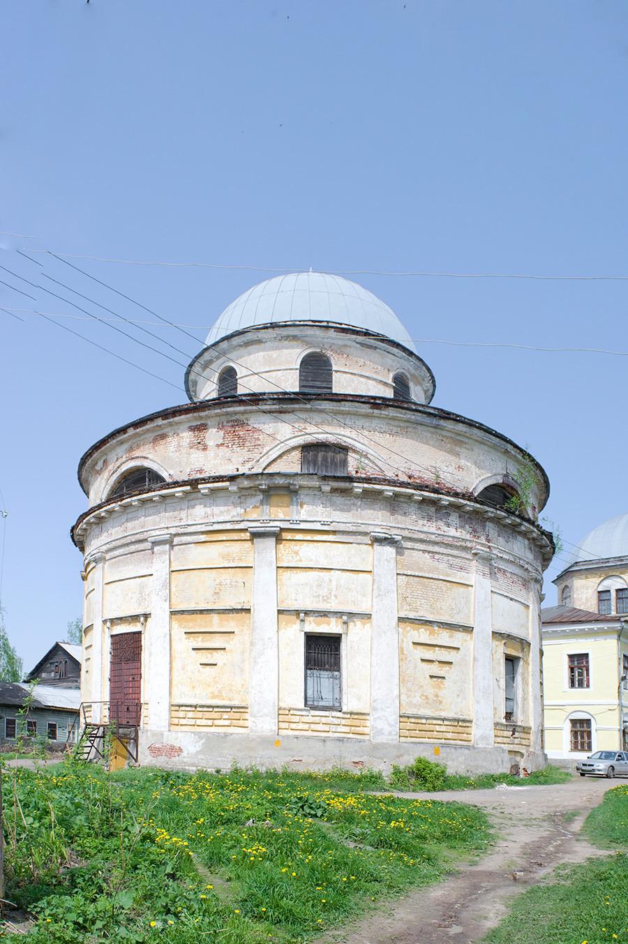 Vstajenski samostan, cerkev Obglavljenja Janeza Krstnika. Pogled proti jugovzhodu. 14. maj 2010