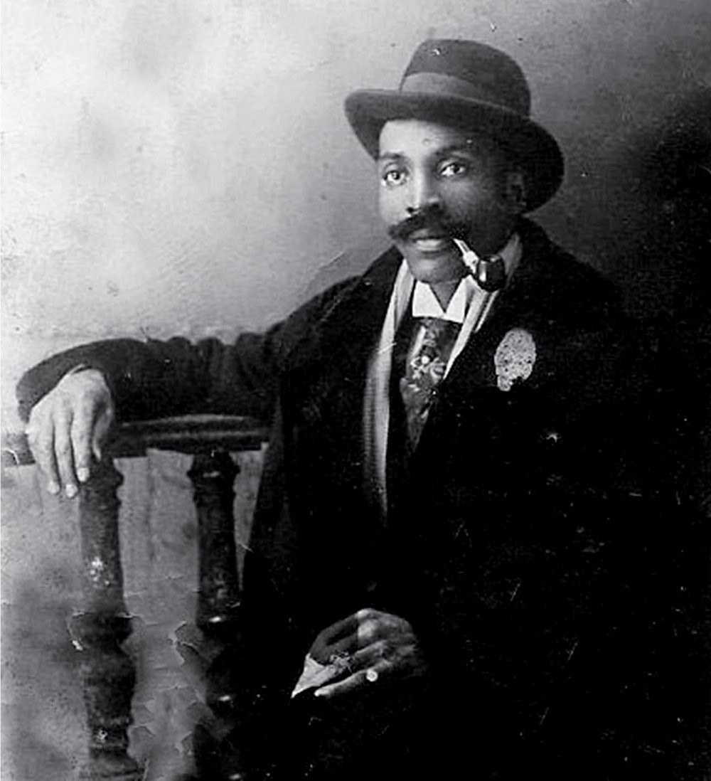 Frederick Thomas before 1928
