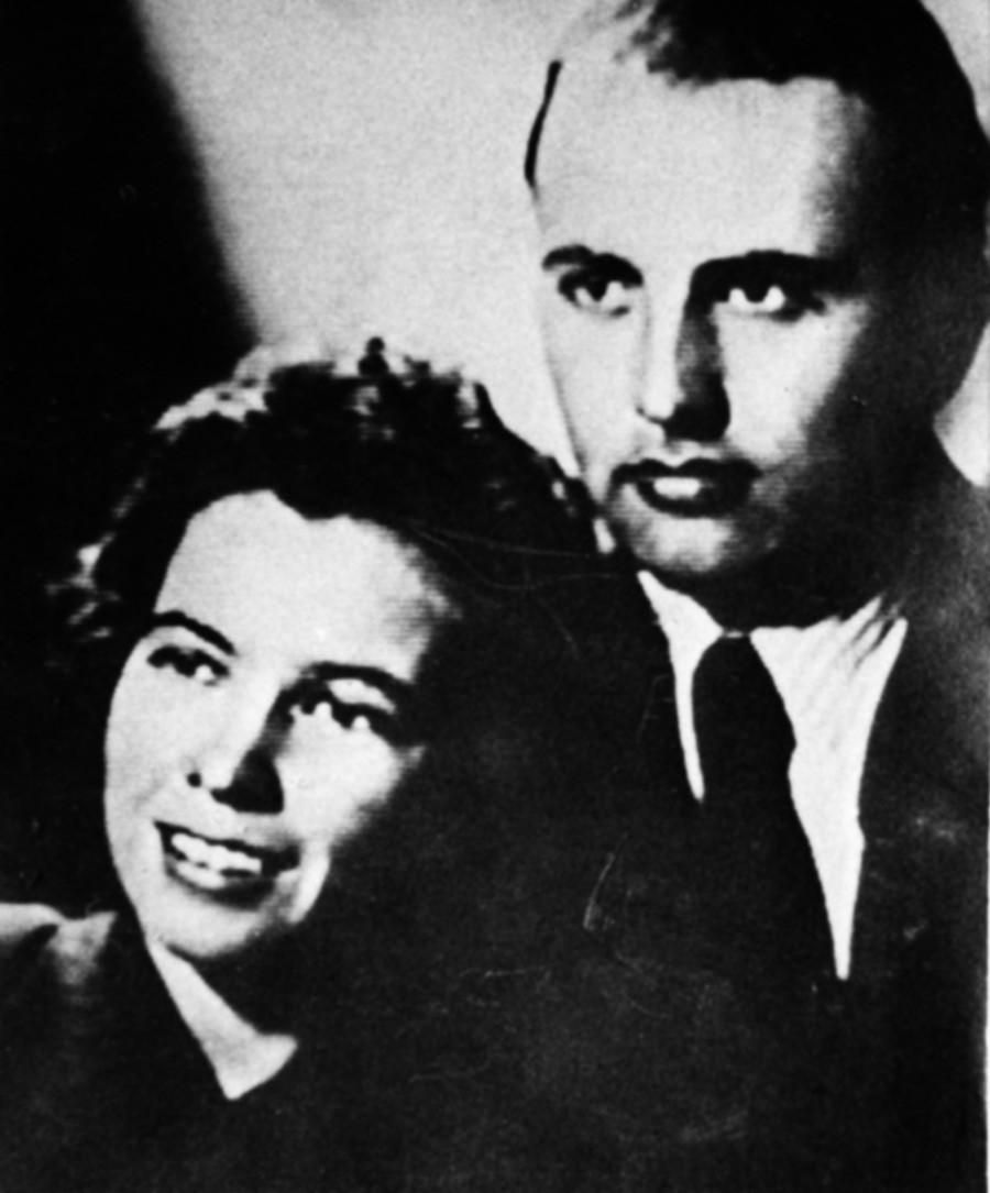 Gorbatchov e Raíssa na juventude.