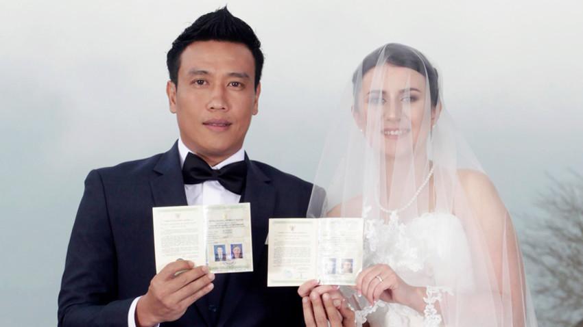 Pasangan kawin campur Indonesia-Rusia, Panca dan Alyona.