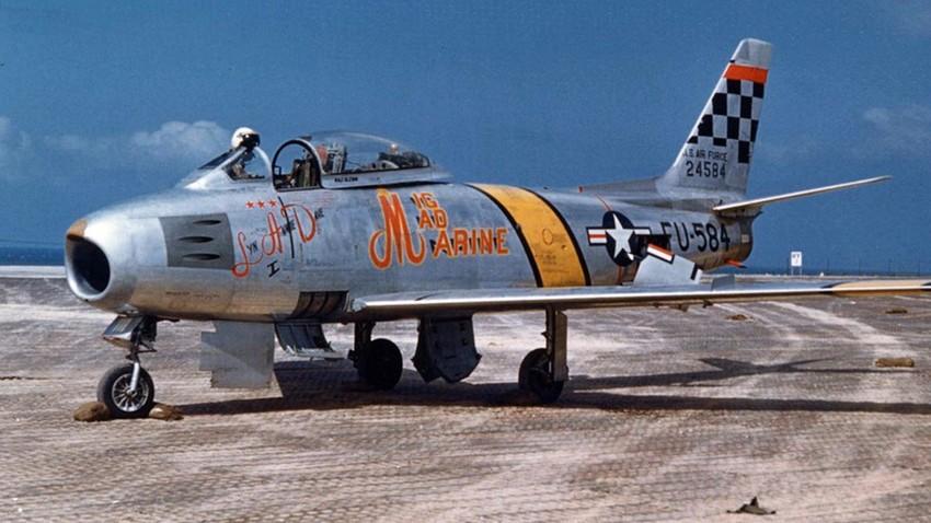 F-86F-30-NA Sabre.