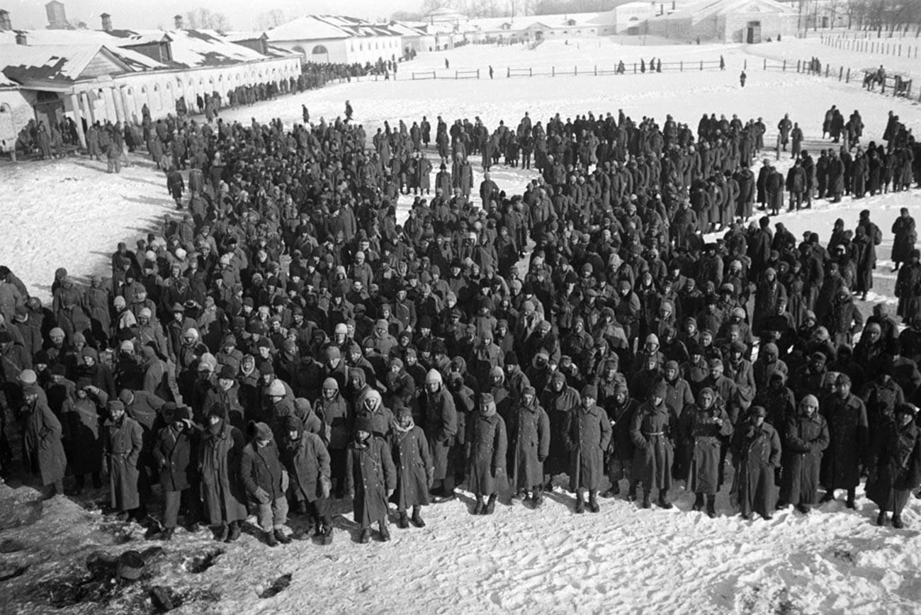 Los prisioneros de guerra alemanes en Stalingrado.