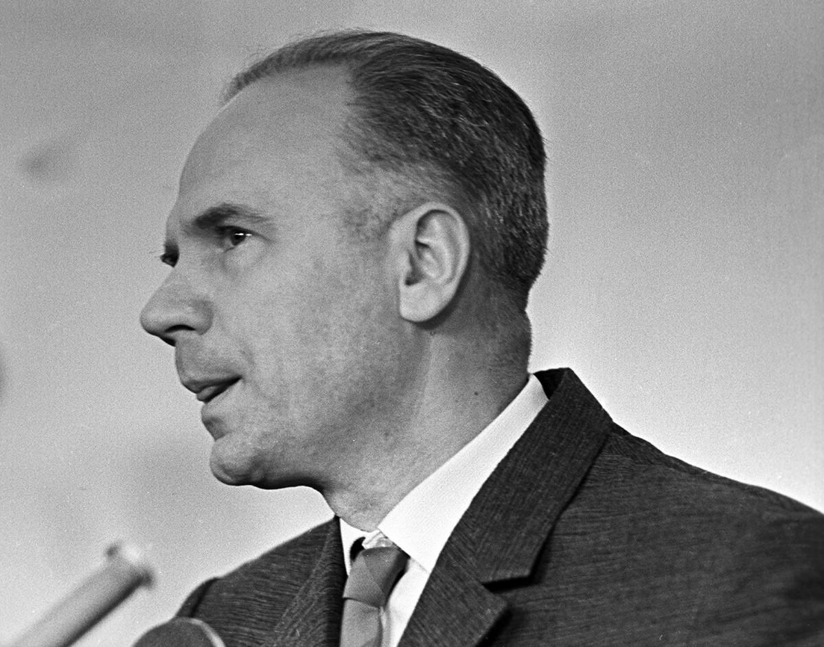 Подсудимый Олег Пеньковский, обвиняемый в шпионаже в пользу США и Великобритании.