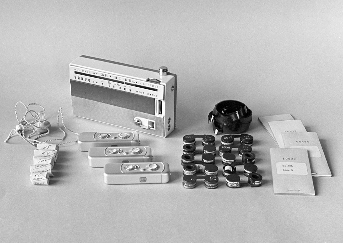 Техническое оборудование для шпионажа, принадлежавшее полковнику советской военной разведки Олегу Пеньковскому.