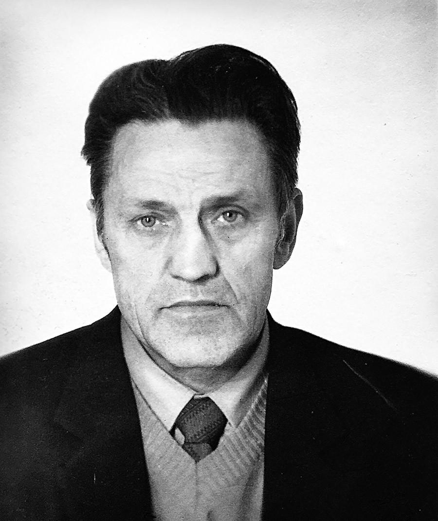 Адольф Толкачев.