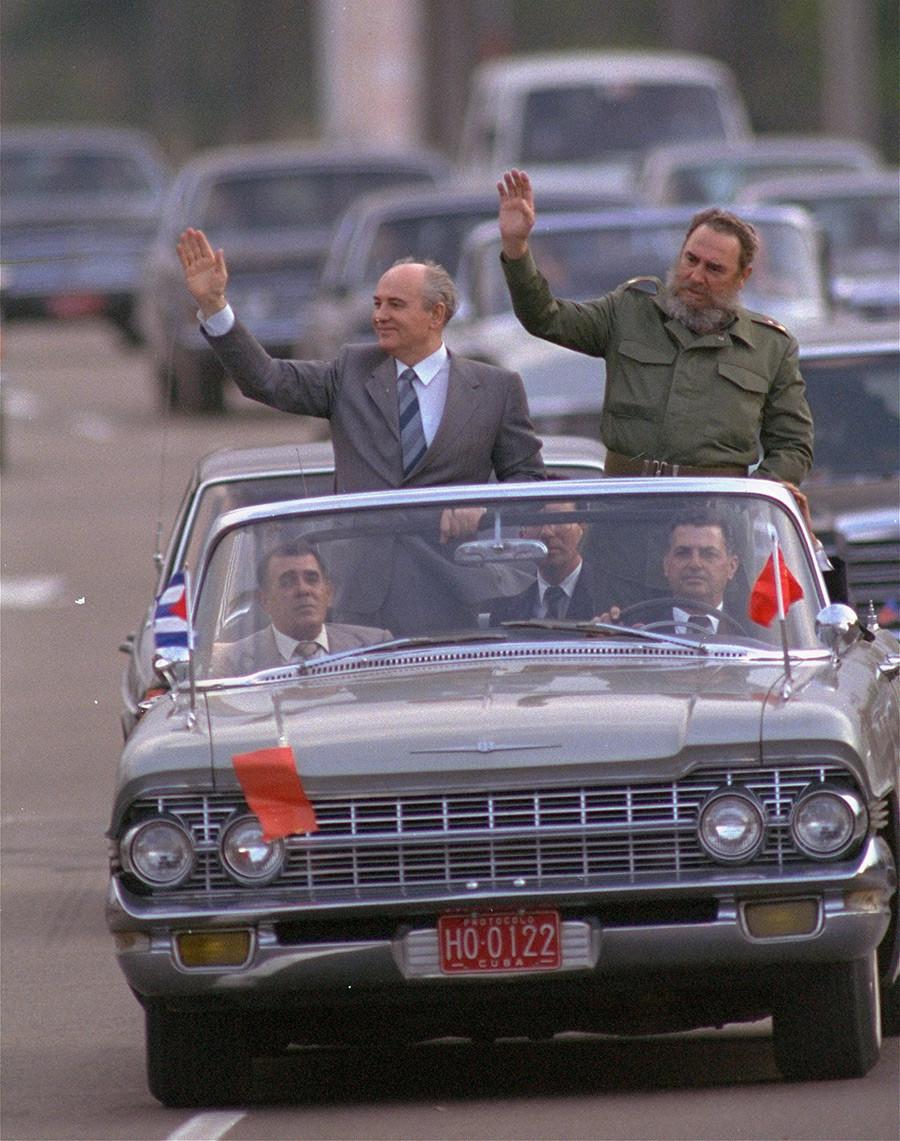 Михаил Горбачов и кубанскиот лидер Фидел Кастро