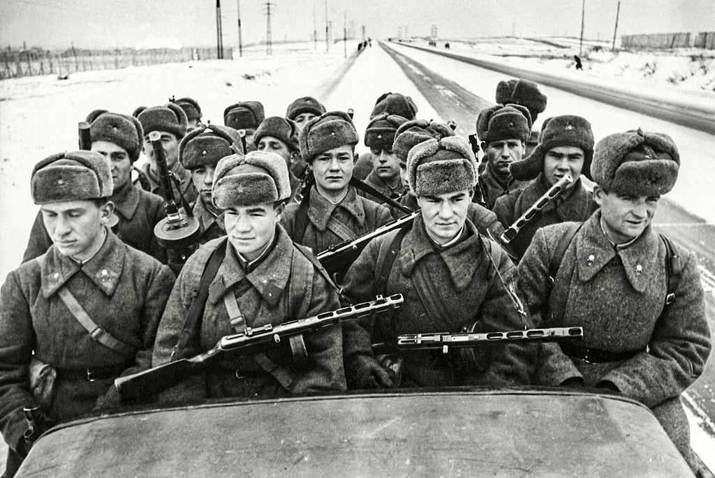 いざ、モスクワ防衛!