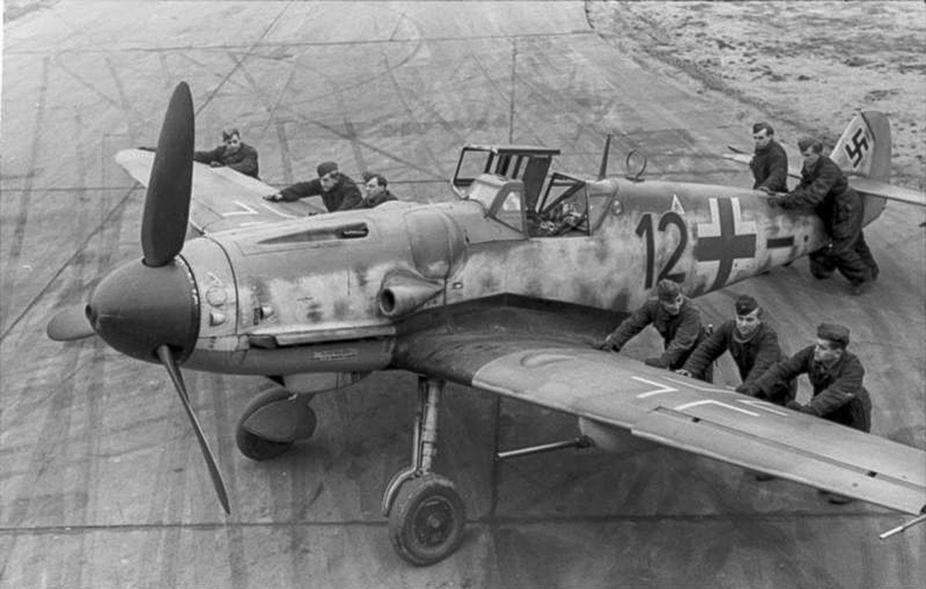 Германски ловец Месершмит Bf 109 (Ме 109).