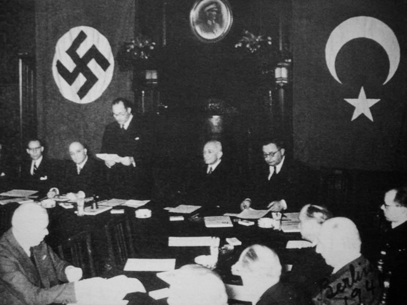 Signature du Pacte d'amitié turco-allemand le 18 juin 1941