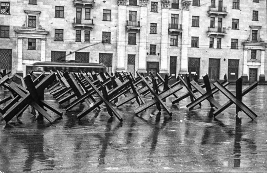 Une rue moscovite pendant la guerre