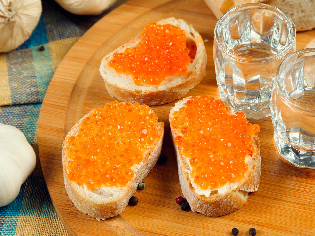 Butterbrot con caviale rosso