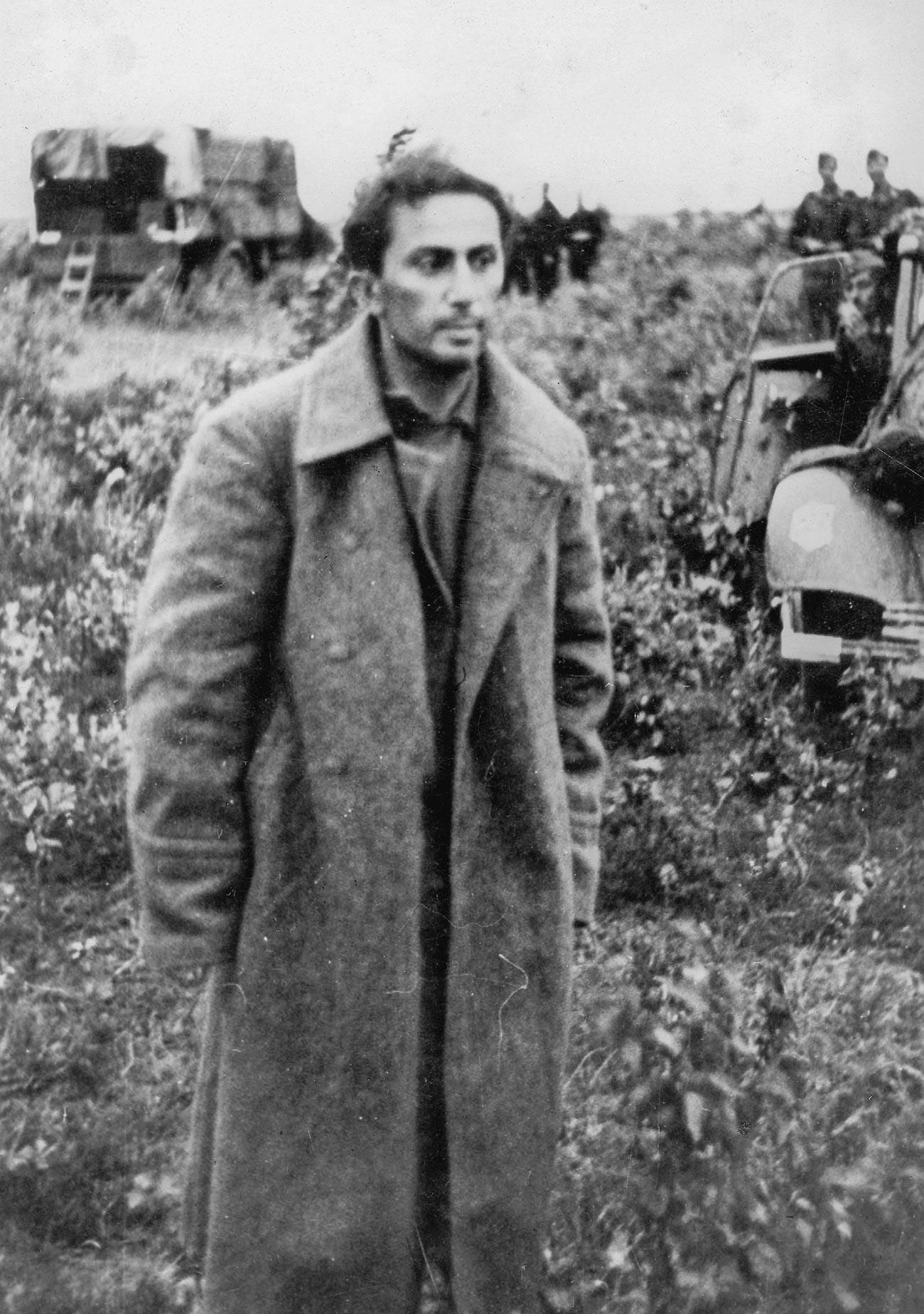 Яков Джугашвили след пленяването му на Източния фронт
