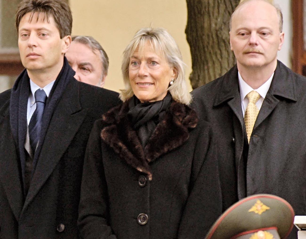 Olga Andreevna (centro)