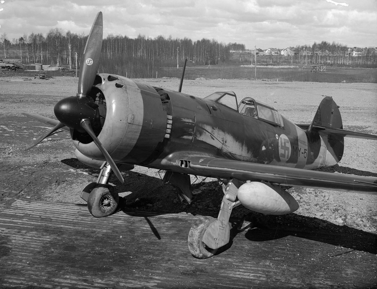 Caça VL Myrsky da Força Aérea Finlandesa.