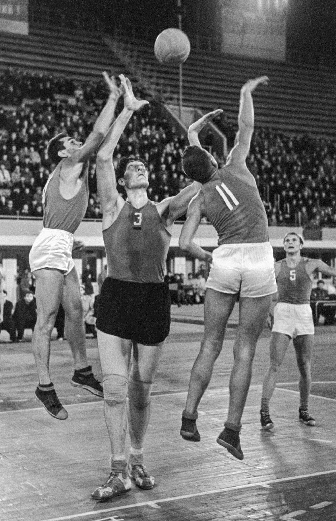 Шампионат на СССР по  баскетбол ЦСК МО (Москва) -