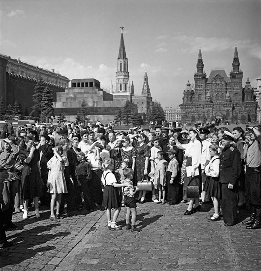 Touristes sur la place Rouge