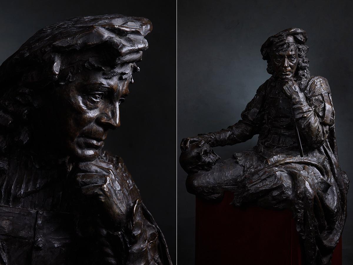 ミハイル・ブロフ、ハムレットを演じる俳優パヴェル・サモイロフの肖像、1916年、ブロンズ