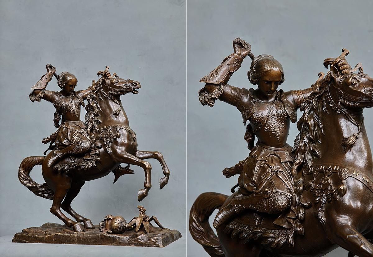 ピョートル・クロード、馬に跨ったジャンヌダルク、1840〜1860年代、ブロンズ、鋳造、緑青
