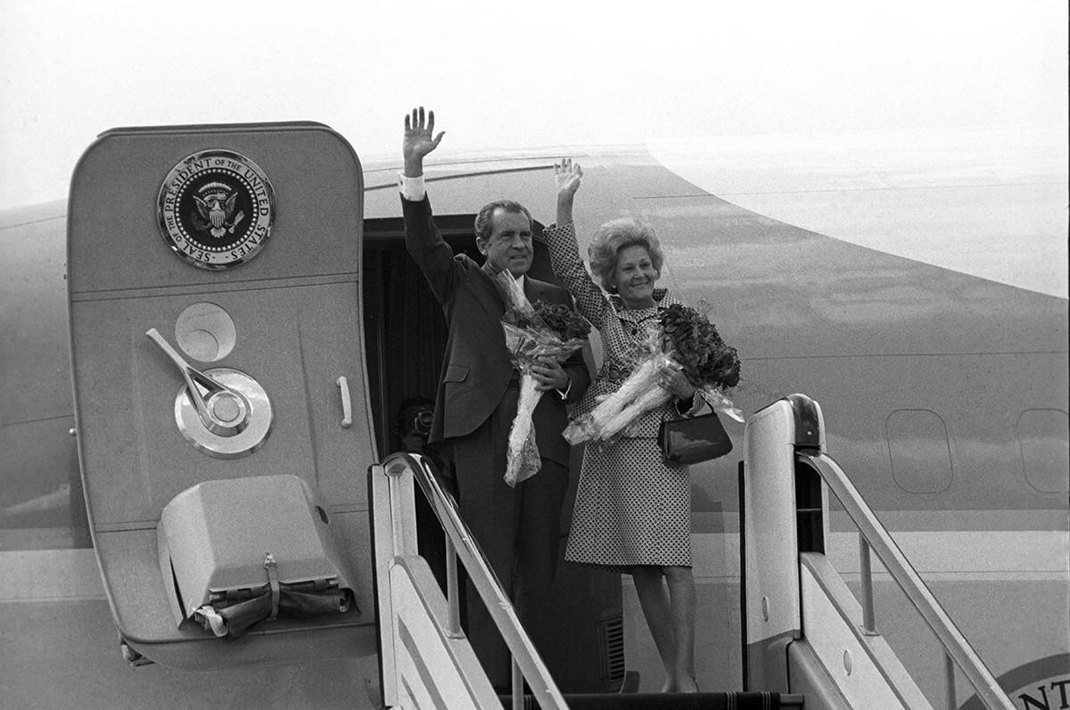 キエフへ出発前に大統領夫妻