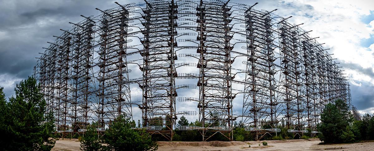 Ehemaliges Duga-Militärradarsystem in der Sperrzone von Tschernobyl.