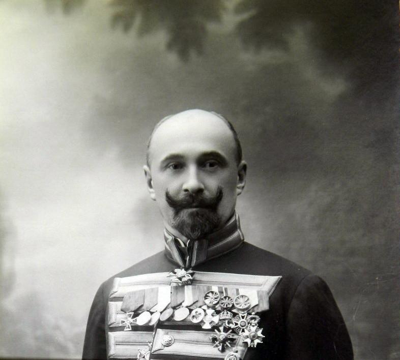 А. Неклюдов