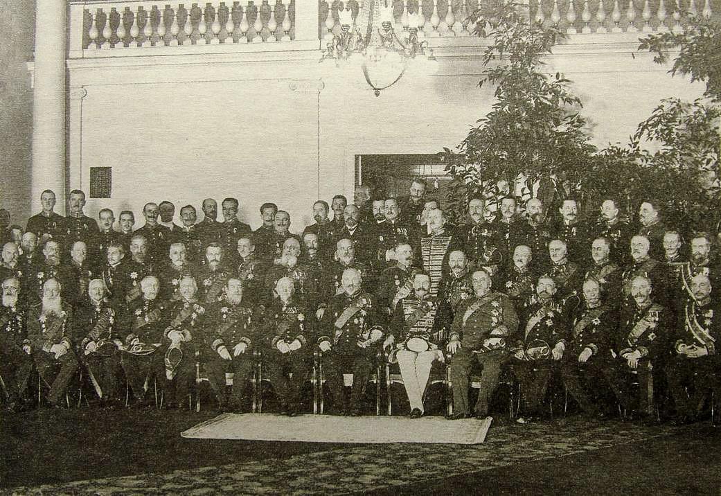 I membri del Senato governante in una foto di gruppo del 1914
