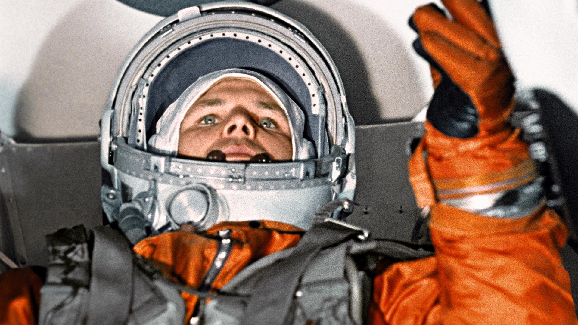 Iouri Gagarine avant le lancement du vaisseau Vostok-1.