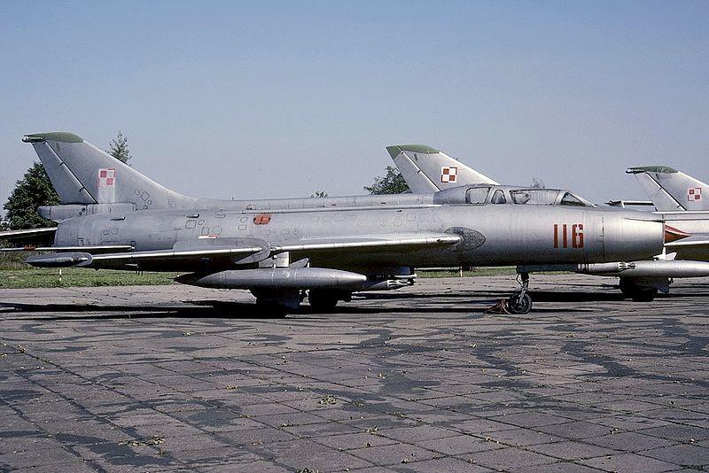 Sujói-7U expuesto en el Museo de la Aviación de Polonia (Cracovia)