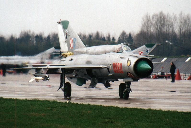 MiG-21bis con marcas del 1º escuadrón naval polaco.
