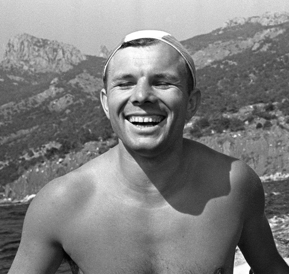 Gagárin de férias na Crimeia, 1961.