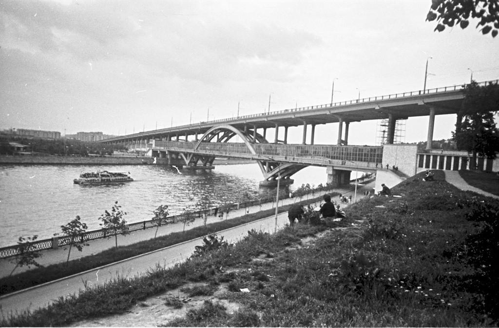 Un ponte della metropolitana di Mosca di recente costruzione