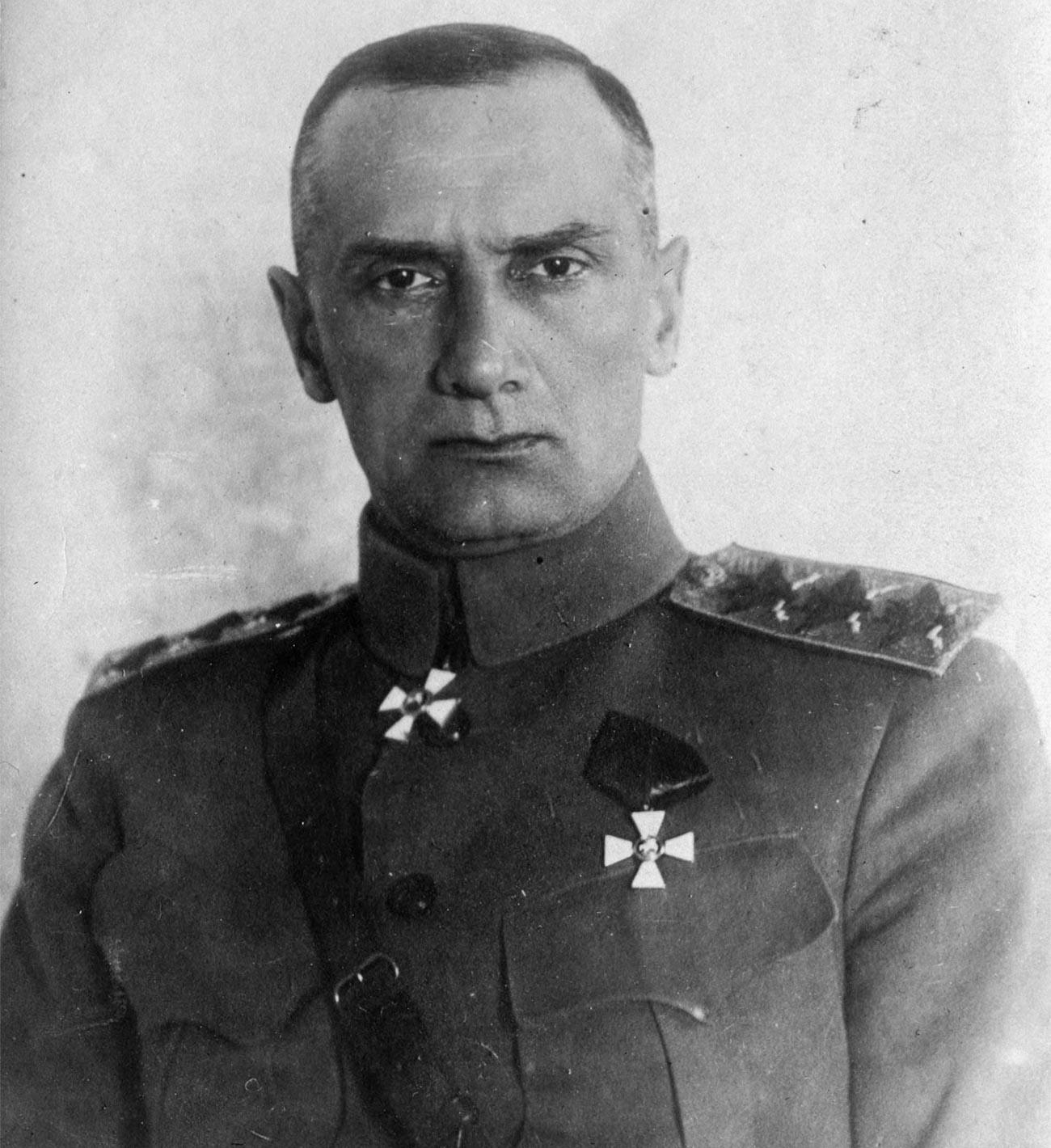 Vrhovni vladar Rusije i vrhovni zapovjednik Ruske vojske A. V. Kolčak