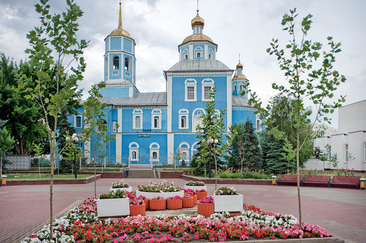 Cathedral of the Smolensk Icon of the Virgin. South view. June 24, 2015