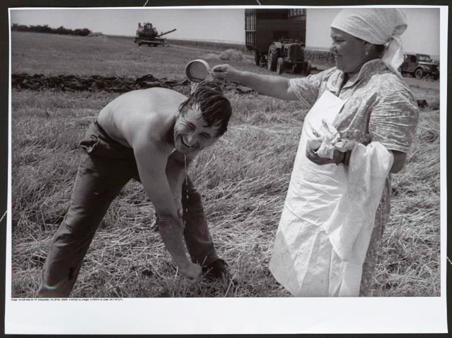 Matin dans une ferme collective soviétique