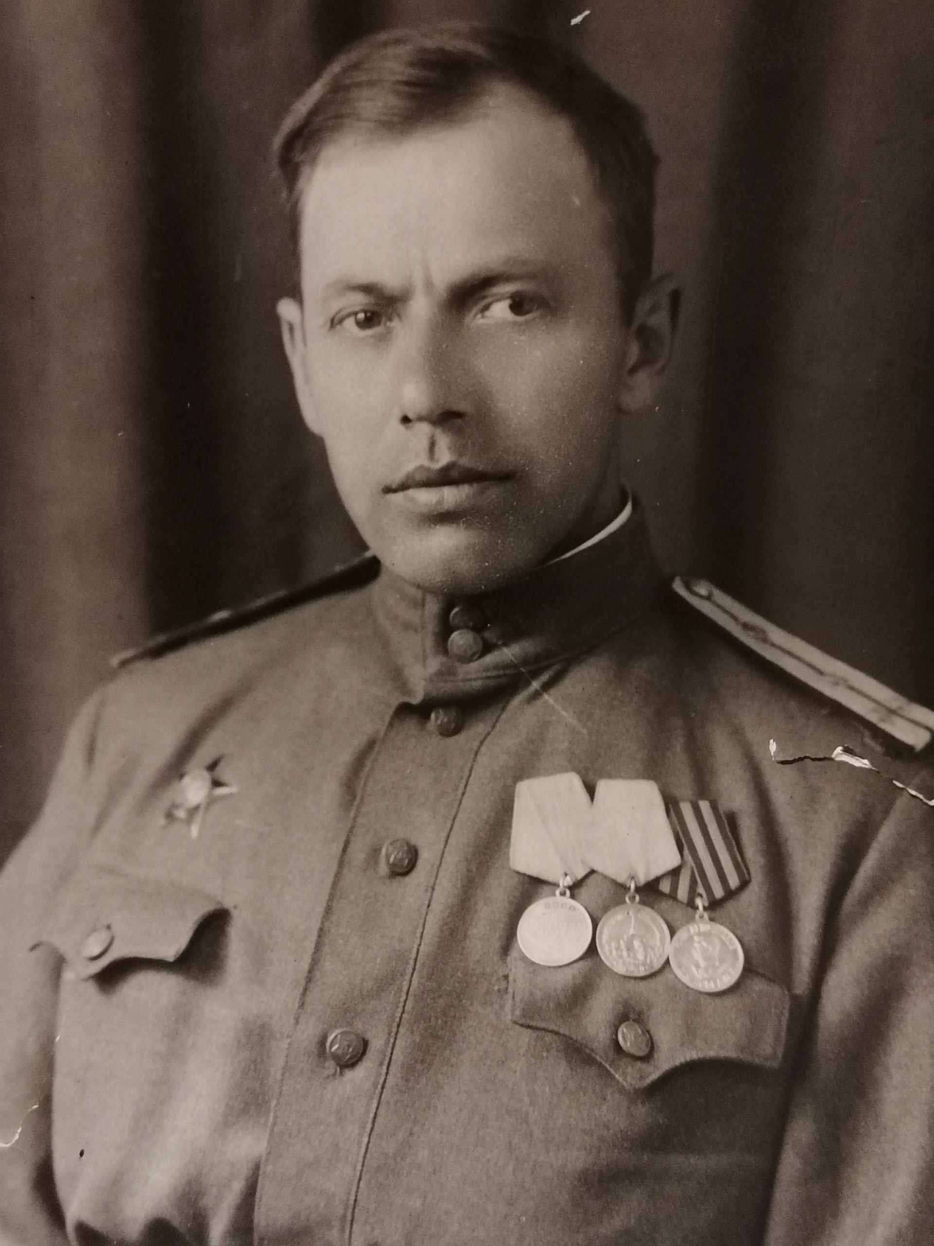 Le grand-père d'Aliona Nalivkina, Nikolaï Ouskov